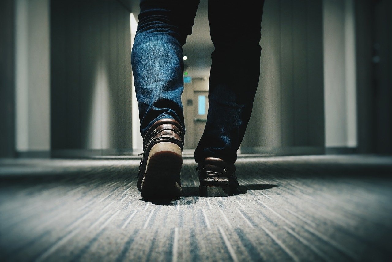 男性の足のむくみに要注意! 気をつけたいポイント